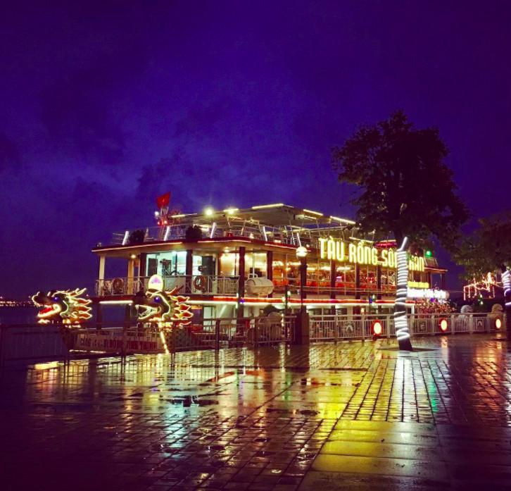 Tàu rồng Sông Hàn Đà Nẵng