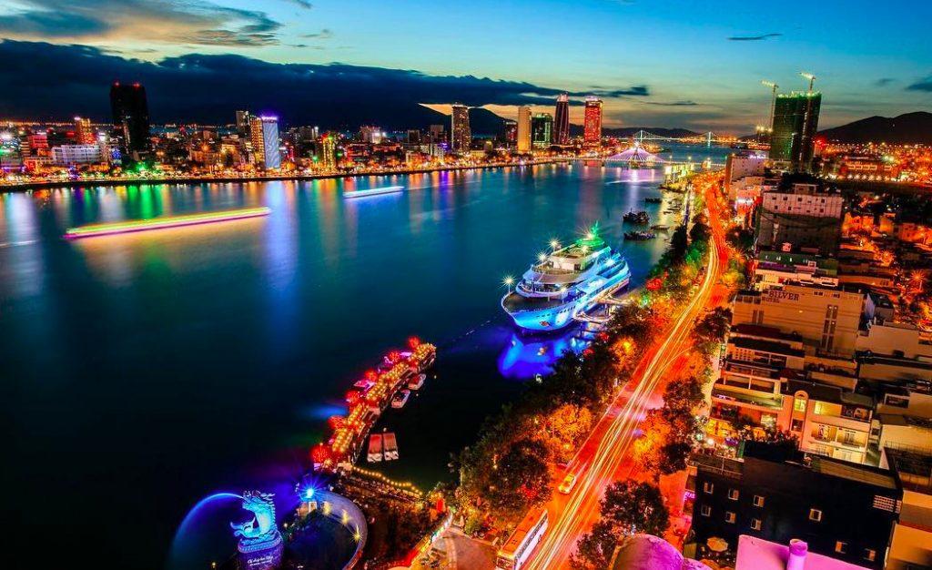Bến du thuyền tình yêu tại Đà Nẵng